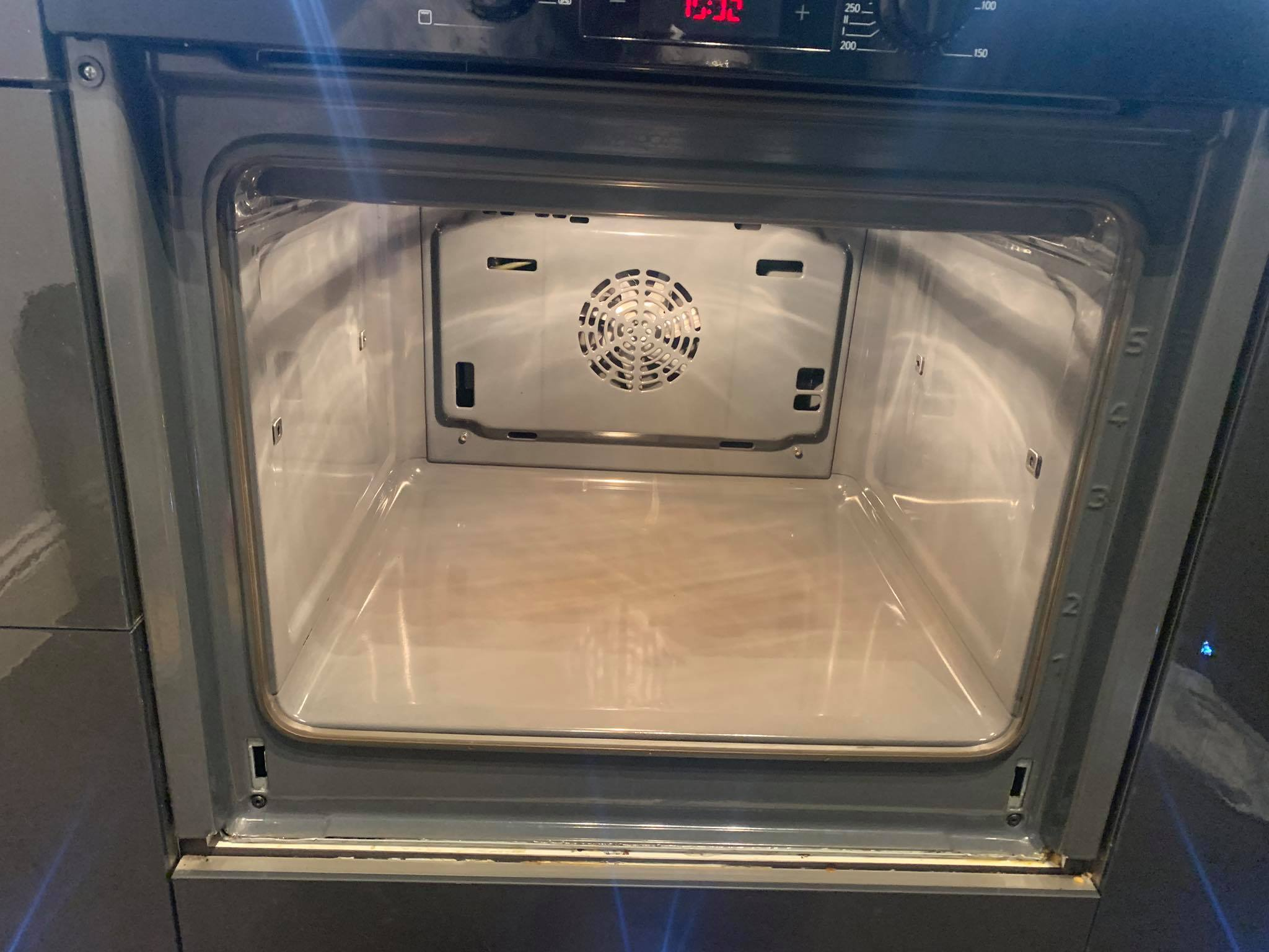 Single_oven_clean_after 6