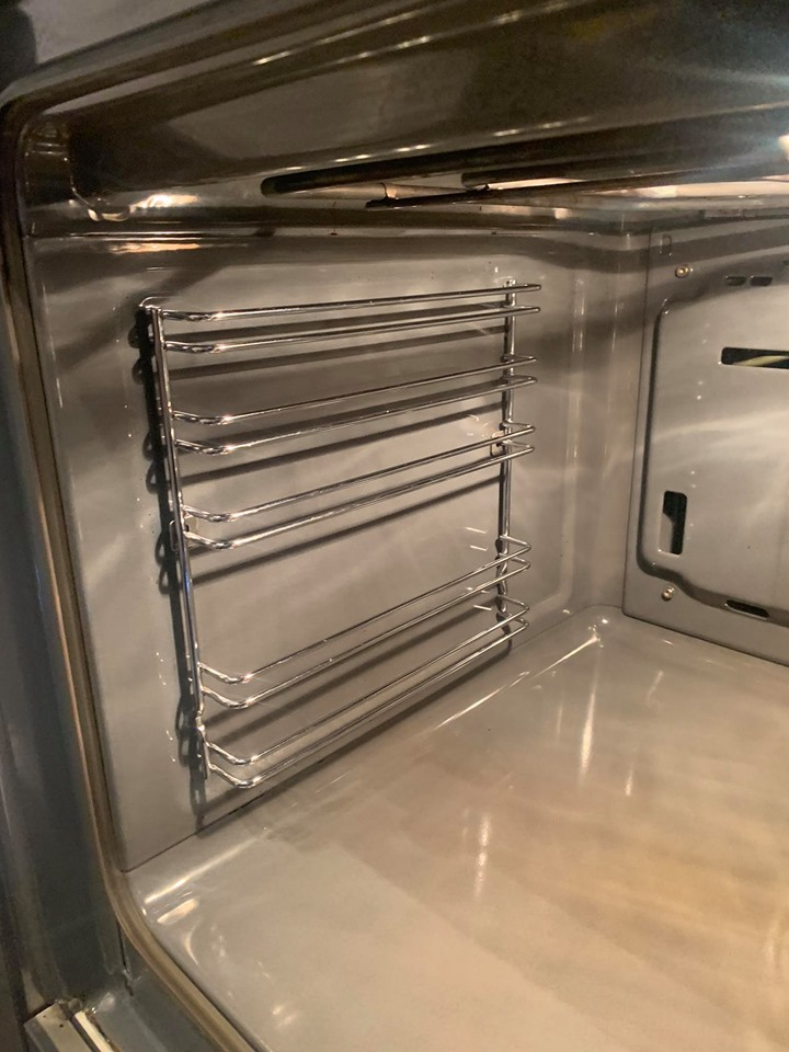 Single_oven_clean_after 8